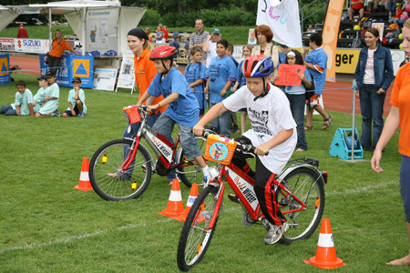 http://www.siz.cc/tools/image.php?image=FAHRRAD_SPIEL_450_DEST_SAFETY06OSTERR_097.jpg&width=&height=