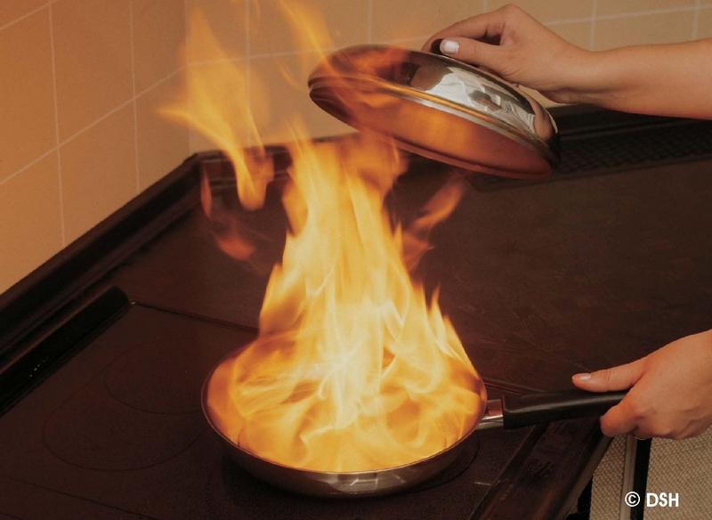 brandschutz richtiges verhalten im brandfall siz muster. Black Bedroom Furniture Sets. Home Design Ideas